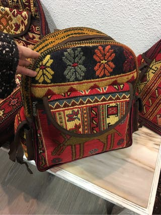 Mochila bolso artesanal de Alfombra kilim