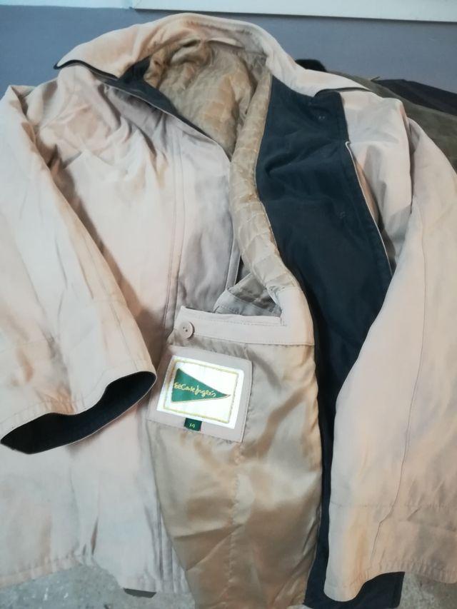 Jaquetes sra talla 44-46 + Regal penjadors