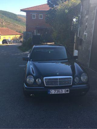 Mercedes-benz Clase E 300 del año 2000
