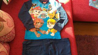 pijama nuevo con etiqueta.