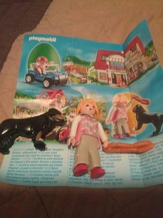 Playmobil Huevo Amarillo Chica con Perro