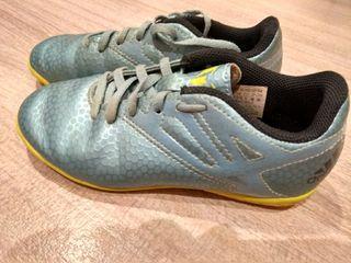Bambas Adidas Messi, número 31