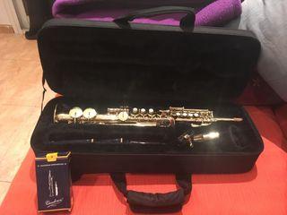 Saxofón Sopranino