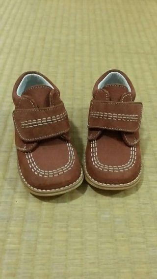 Zapatos niño T.21 de piel
