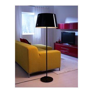 Lámpara de pie NUEVA (IKEA KULLA)