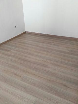 Montaje de suelos laminados y parquet en v lez m laga en wallapop - Suelos laminados malaga ...