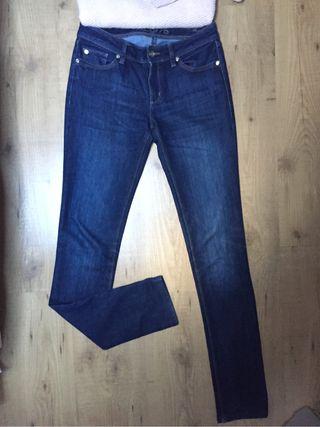Pantalon vaquero Zara talla 36