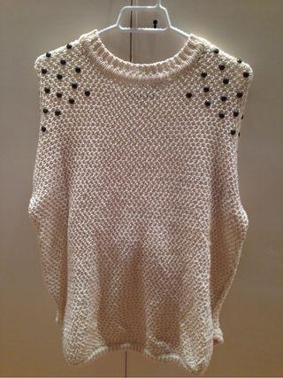 White warm sweter