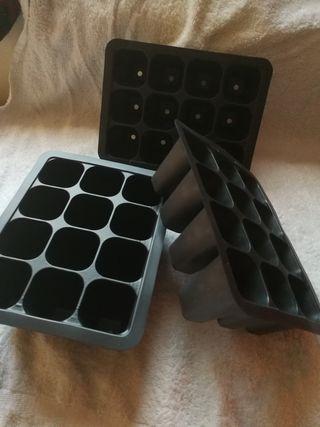 semillero de 12 alvéolos x3