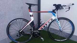 Bicicleta triathlon. Cube Aerium