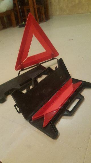 triangulos coche