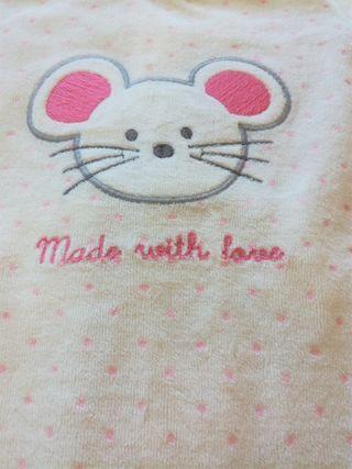 Pijama bebé franela 9 meses .con etiqueta