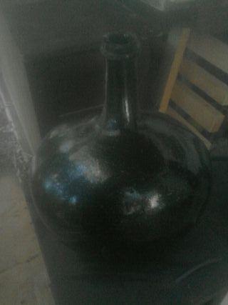 botellon antiguo de vidrio
