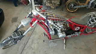 moto harley araña