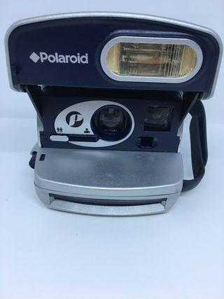 Cámara polaroid P
