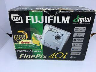 Camara FUJIFILM fineoix 40i