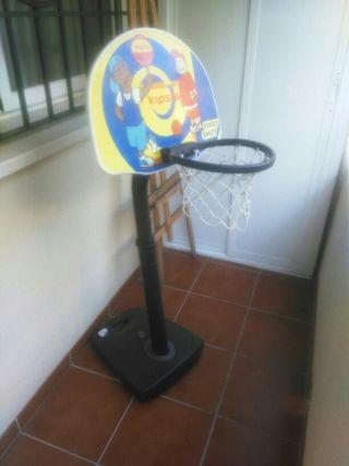 canasta baloncesto niño