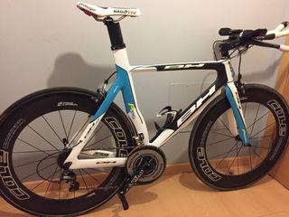 Bicicleta triatlón Crono