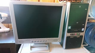 Monitor PC multimedia Captiva 17 pulgadas gris.