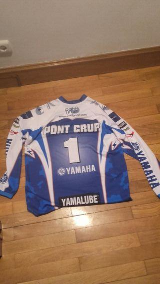 Motocross Yahama(talla L) precio negociable