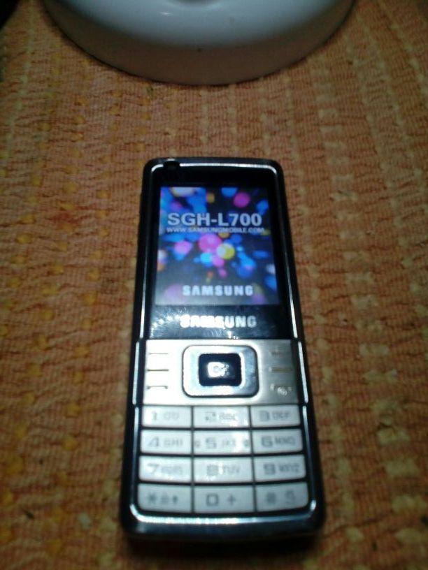 MOVIL SAMSUNG SGH-L700