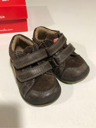 Zapatos bebe Garvalin