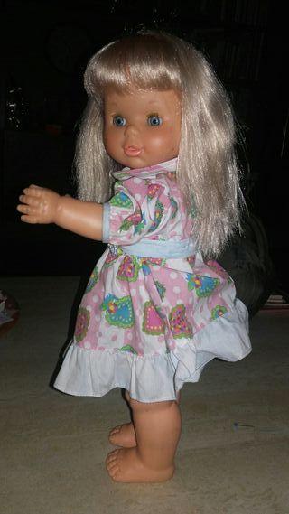 Muñeca Famosa Paula