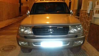 Toyota Land Cruiser 100 2002