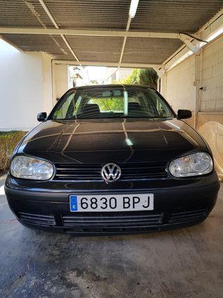 Volkswagen Golf IV Negro 2001