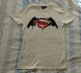 Camiseta Batman Vs Superman