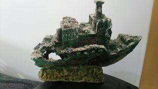 barco decorativo pecera