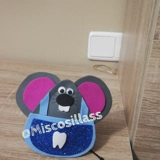 Ratón guarda dientes o porta regalos.
