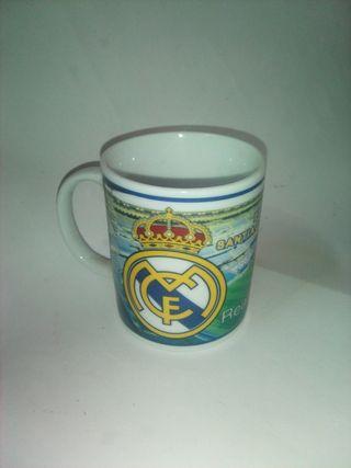 Tazas del Madrid y Reino Unido