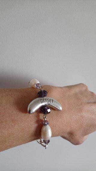 pulsera de metal, perla y amatista.