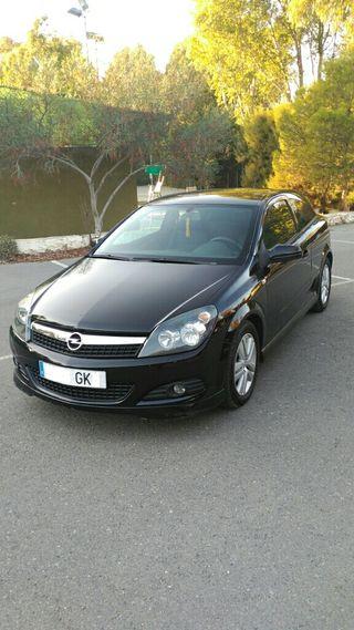 Opel Astra GTC 1.7
