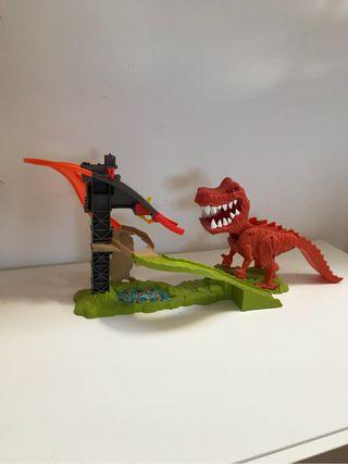 Ataque del t-rex hot wheels