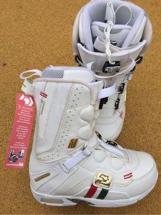 botas snowboard NORTHWAVE DEVINE SL NUEVAS