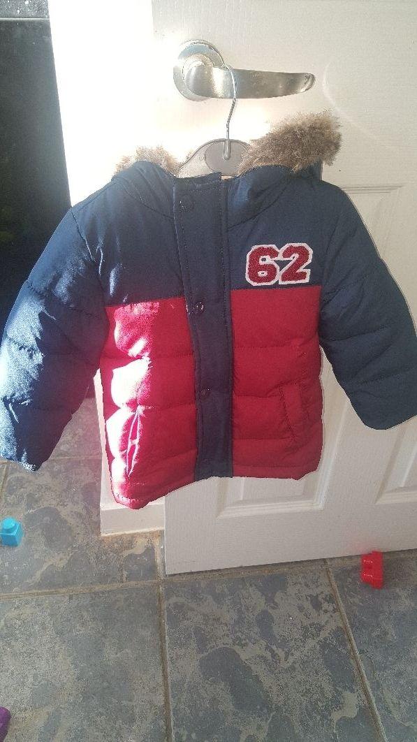 baby coat 9-12mths