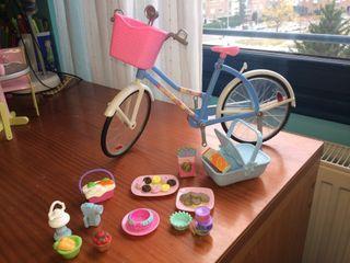 Complementos y bicicleta barbie