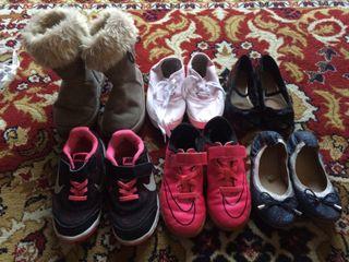 Lote de calzado numero 28