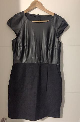 Vestido polipiel negro