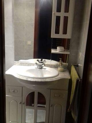 mueble de baño lavabo y bidé