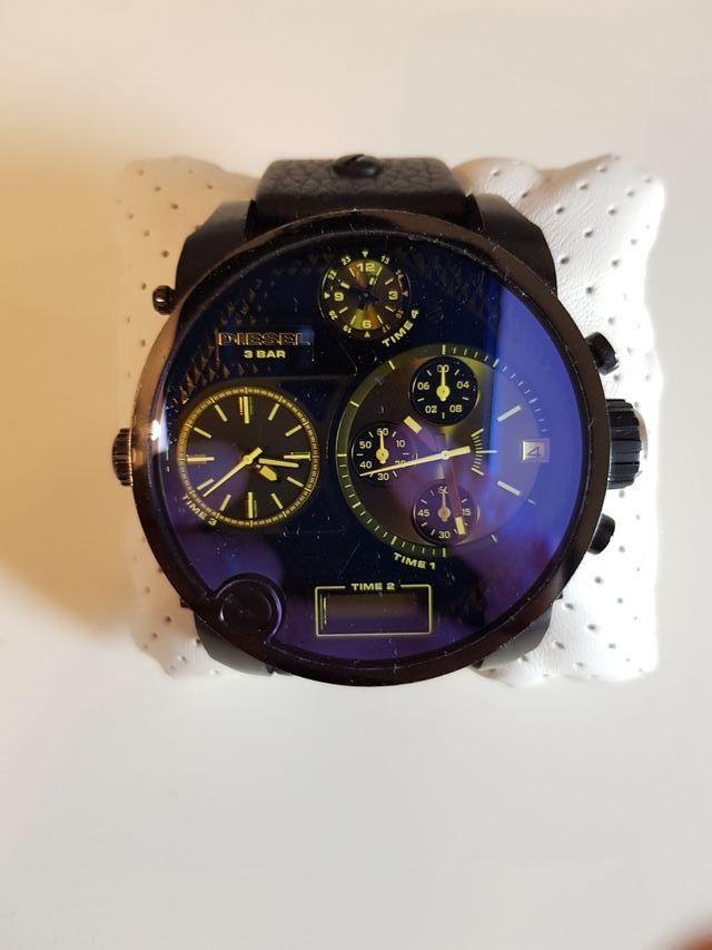 8cfa1f3dbca4 Reloj Diesel Only The Brave de segunda mano por 125 € en Castro ...