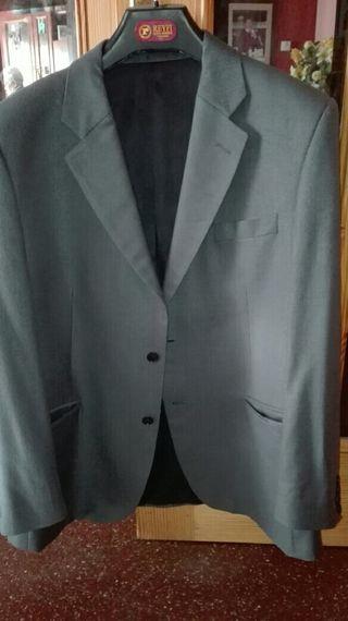 Americana gris Marengo talla 52
