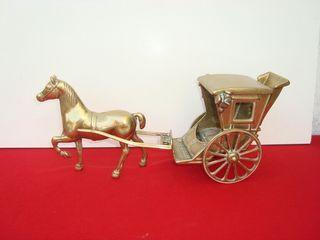 antiguas carrozas de bronce