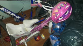 Bicicleta infantil princesas.