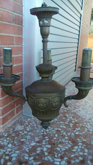 Lámpara de latón