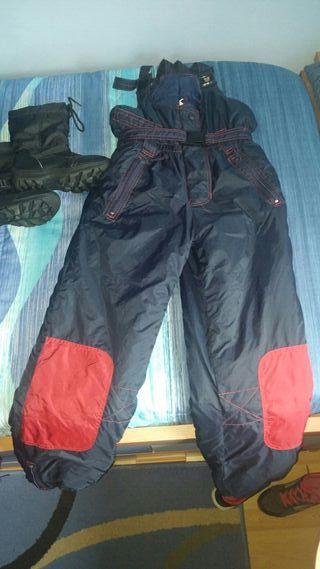 pantalones de nieve y botas