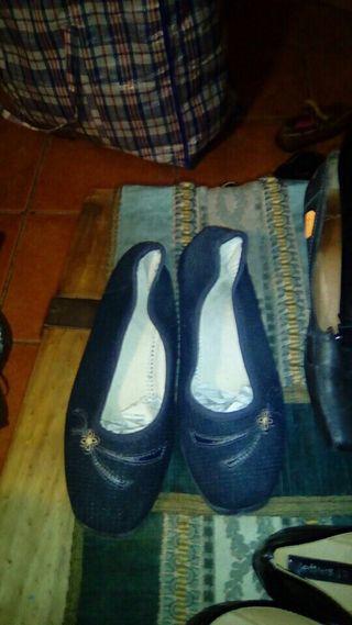 Zapatillas de estar por casa zara