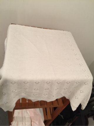 Toquilla o manta para bebe